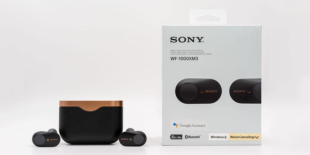 Sony WF-100XM3 im Test Kopfhoerer mit Verpackung