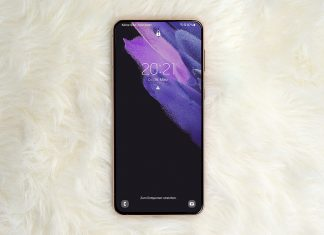 Abbildung zeigt das Samsung S21 Smartphone