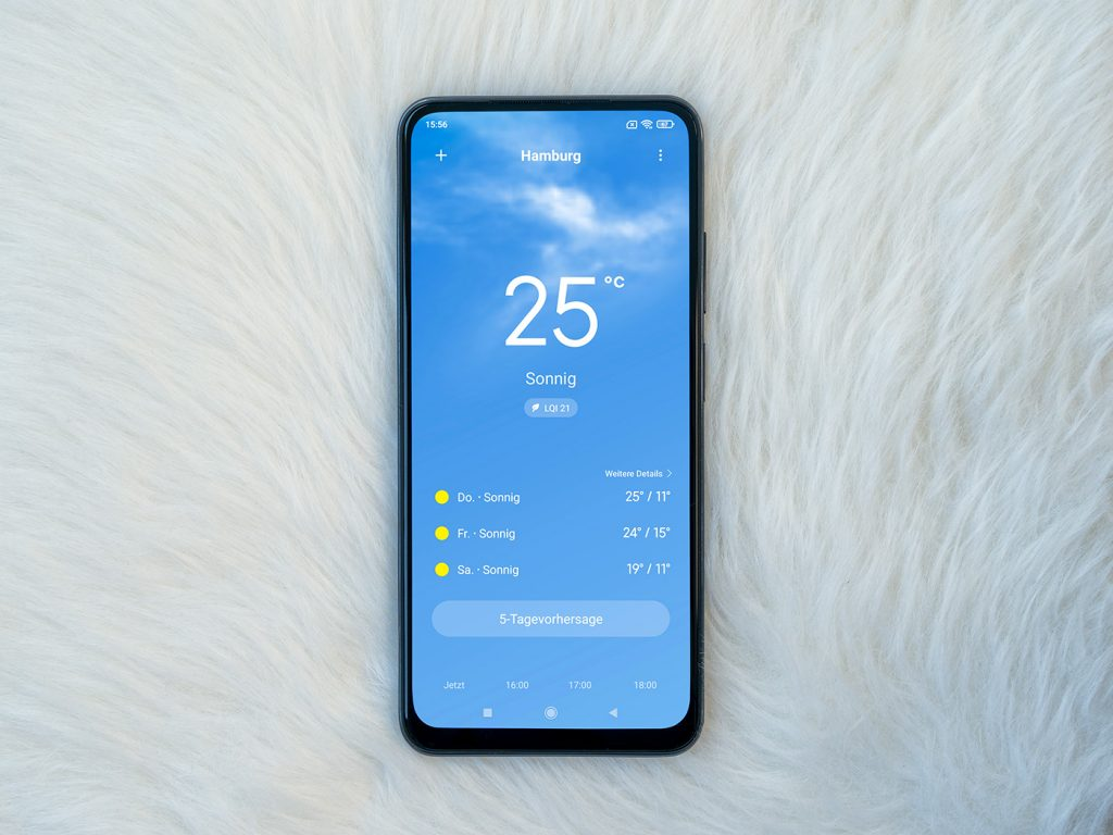 Abbildung zeigt die Wetter App auf dem Xiaomi Redmi Note 10S